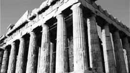 """I marmi di Elgin, pomo della discordia tra Grecia e Regno Unito Ormai da anni la Grecia chiede al Regno Unito di restituirle delle opere d'arte sottratte dall'Acropoli di Atene da uno scozzese un paio di secoli fa, i celebri """"marmi di Elgin"""". Ora, con la Brexit,  #arte #brexit #contenzioso #grecia #atene"""