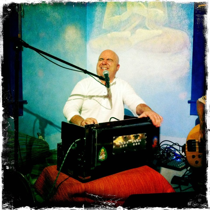 Rudra Das is a Kirtan artist based in Dallas, TX.  Hari Bol! http://rudradas.com/home/ https://www.facebook.com/pages/Rudra-Das-Kirtan/338798769467449?fref=ts