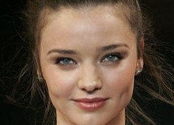 Miranda Kerr Net Worth Revealed. Click on Miranda Kerr's Picture to view her current net worth (Courtesy of CelebritiesNetworth.org)