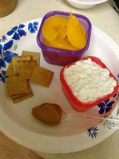 Crafts-n-Fitness: 21 Day Fix (I love that this girl is eating easy to prep food, that's my style!)