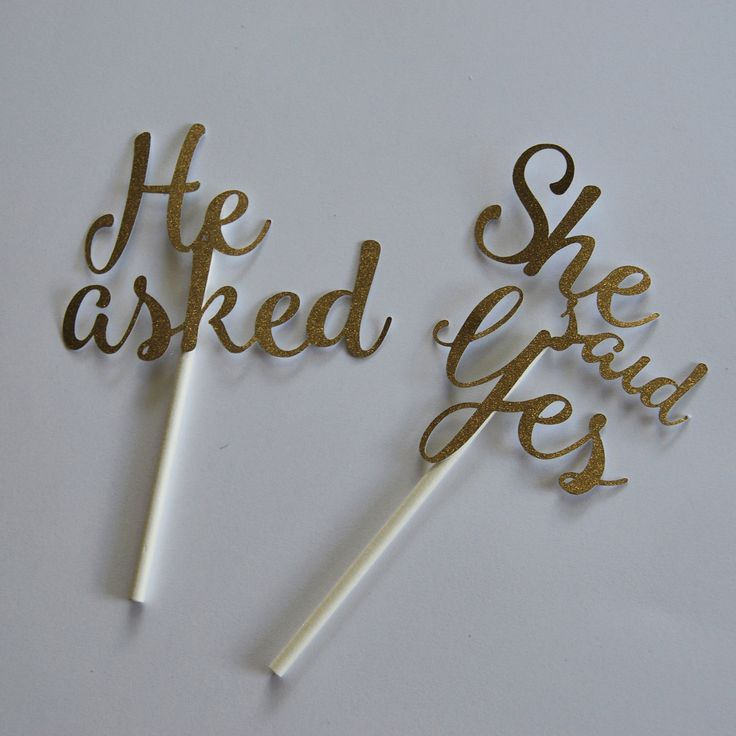 He Asked, She Said Yes Cupcake Toppers – Eng