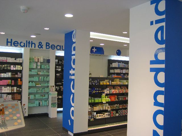 Graphic art for a Belgium Pharmacy