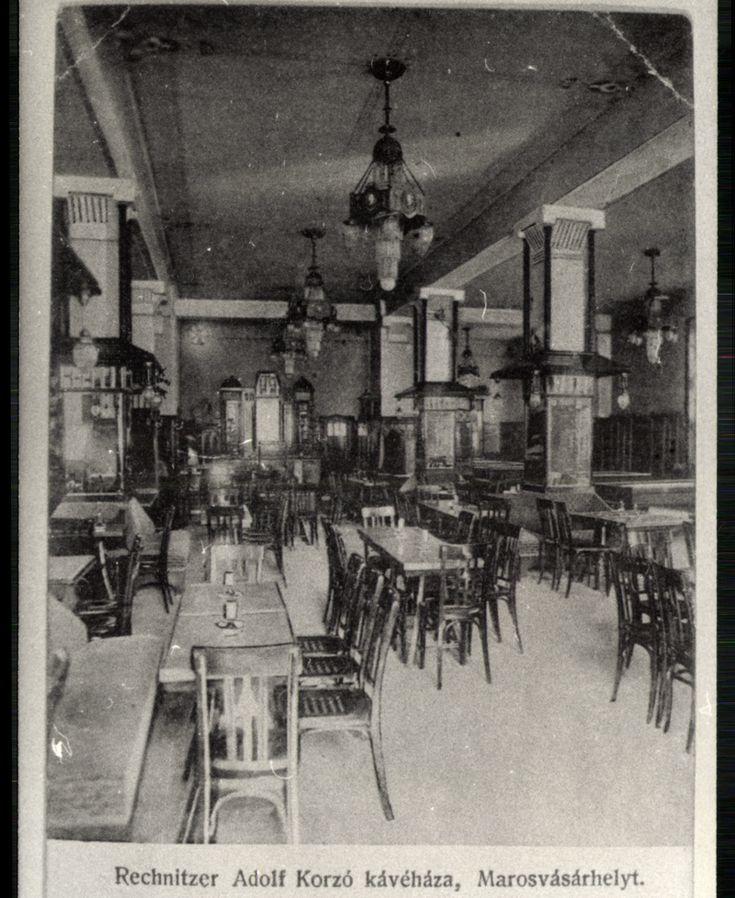 "<a+class='trdeflink'+href=""http://postcards.arcanum.hu/hu/185969/"">A+Corso+kávéház</a>+belülről"