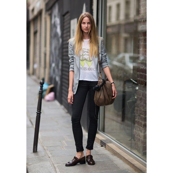 """Дизайнерские женские футболки """"Shoes Addict. Valentino"""", размеры XS, S, M, L, XL, 2XL. Цена 990 руб"""