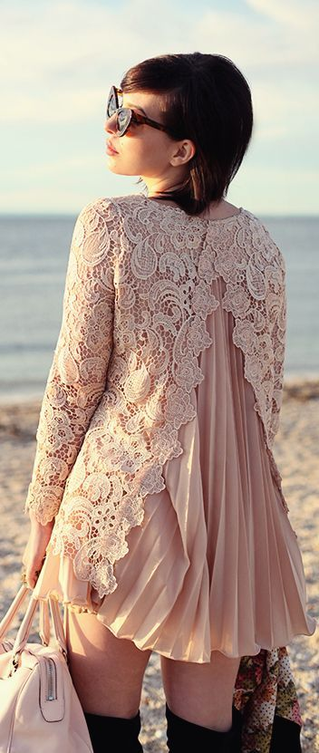 Lace mix up, adding texture