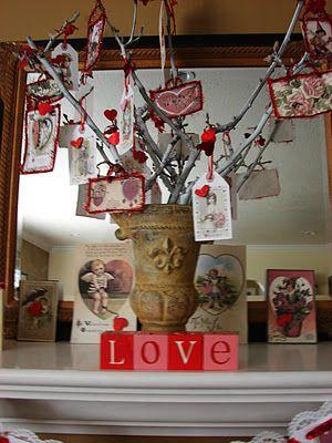 Valentine Tree : Display Valentines, Decor Ideas, Valentine Cards, Valentines Trees, Trees Branches, Valentines Decor, Valentines Cards, Display Cards, Valentines Day Cards