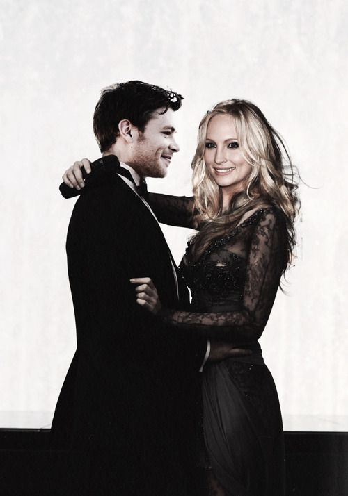 Are candice accola and joseph morgan dating in real life