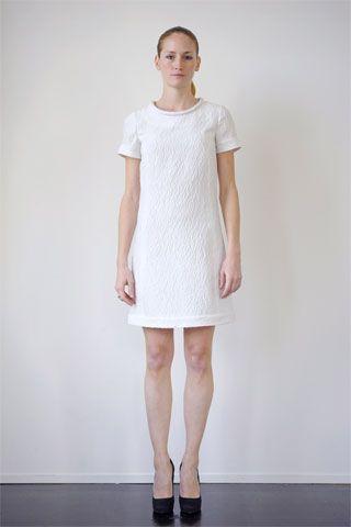 plain 2 Plain white dress to be dynamic style
