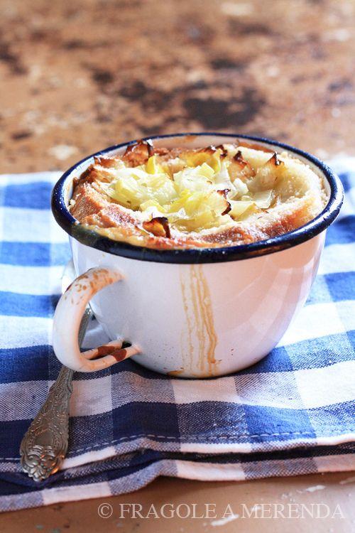 Vellutata di porri e cavolfiore, una ricetta da FRAGOLE A MERENDA (http://www.fragoleamerenda.it/2011/11/vellutata-di-porri-e-cavolfiore.html)