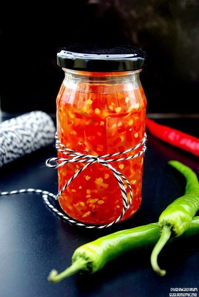 Sos słodkie chilli - idealny dodatek do sajgonek, spring rollsów, kanapek i mięs.