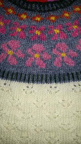 Ravelry: Rozemarijn7's Sólja sweater