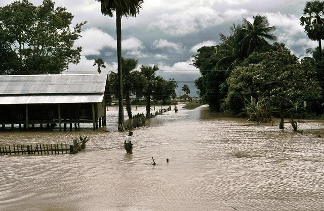 Rail travel in Burma, 1985 (Part 2) - 08, via Flickr.