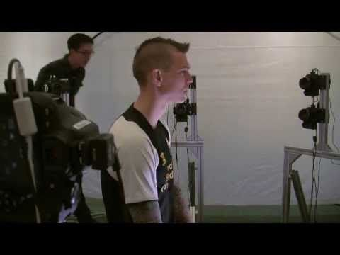 Video Game Uses 18-DSLR Rig to Create Head Scans of Athletes