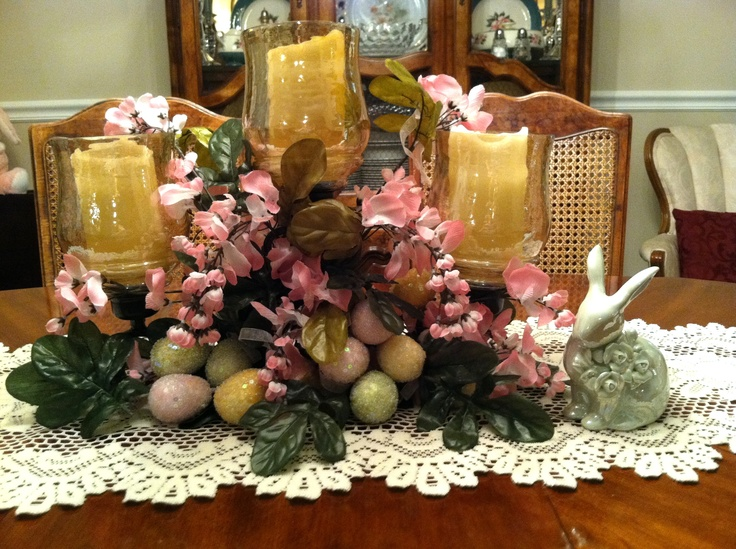 Easter Dining Table Centerpiece