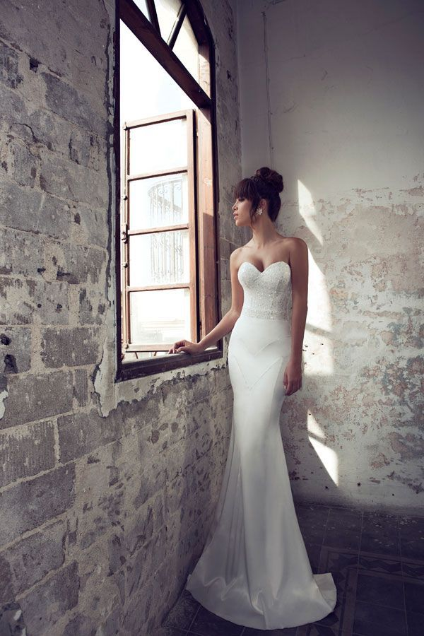 Julie Vino- 2012-2013 Bridal collection- 2 parts strap-less wedding dress. embroidered corset and mermaid cut skirt, love this dress. Very elegant and sexy
