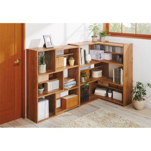 幅伸縮機能でサイズぴったり!天然木調の風合いで憩いの収納コーナーを実現できる、人気のオープンラックです。