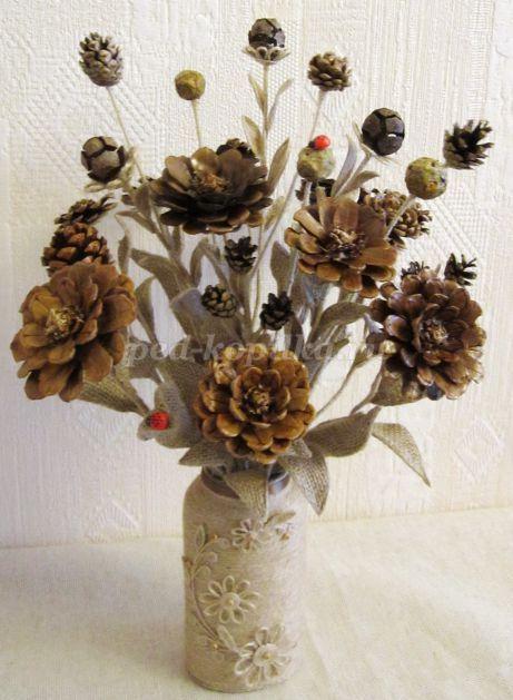 Blumenstrauß zum Selbermachen aus Zapfen. Meister-…