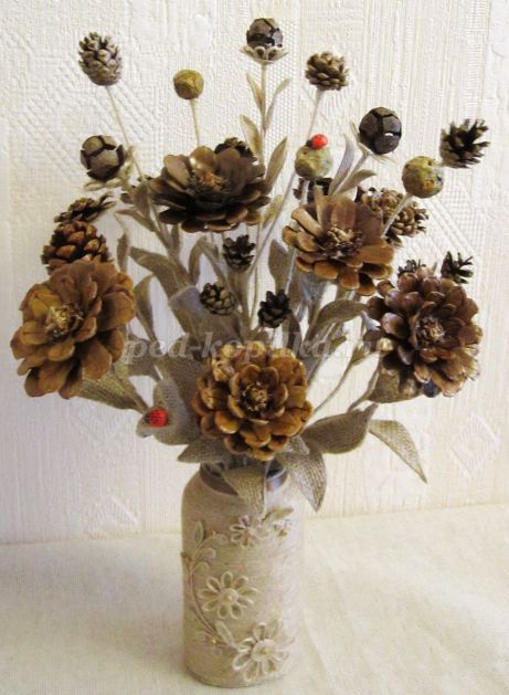 Букет цветов из шишек своими руками. Мастер-класс с пошаговыми фото