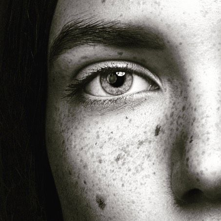 The eyes! #chrisnormphoto #mediaempirebergen #modeloftheday #girl #a #b #c #love the eyes! @tfmmodelsnorway @photoshop @chrisnormphoto @portraitphotoawards @nikon_photography_