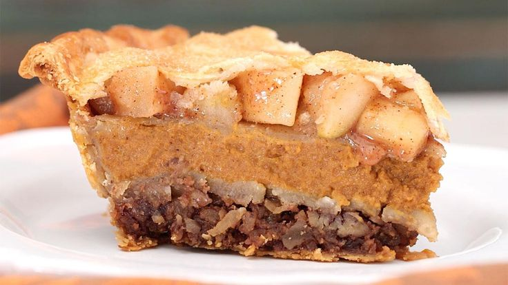 Food Hack: Make Pecapplekin Pie and Have Three Thanksgiving Pies in One