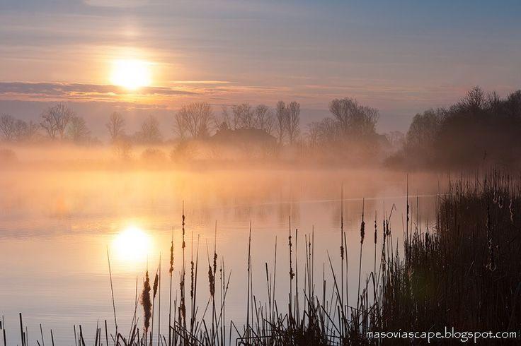 Landscapes of Mazovia | Krajobrazy Mazowsza: Fog on the water