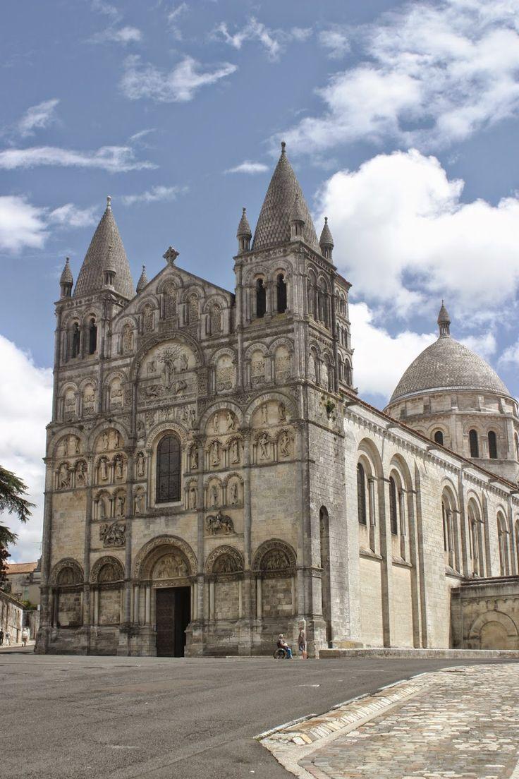 6. Un viaje a Francia VI. Tercer día: ....Angulema, L...