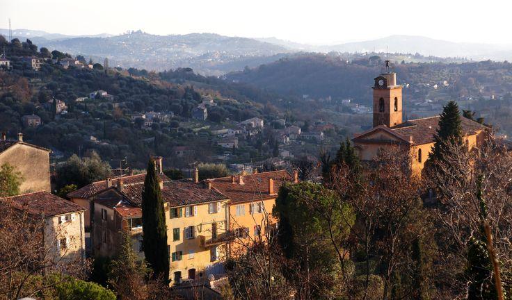 Grasse, ville des parfums et le beau centre historique