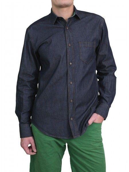 Een mooi denim look overhemd met een groene gloed van het merk Vegea.