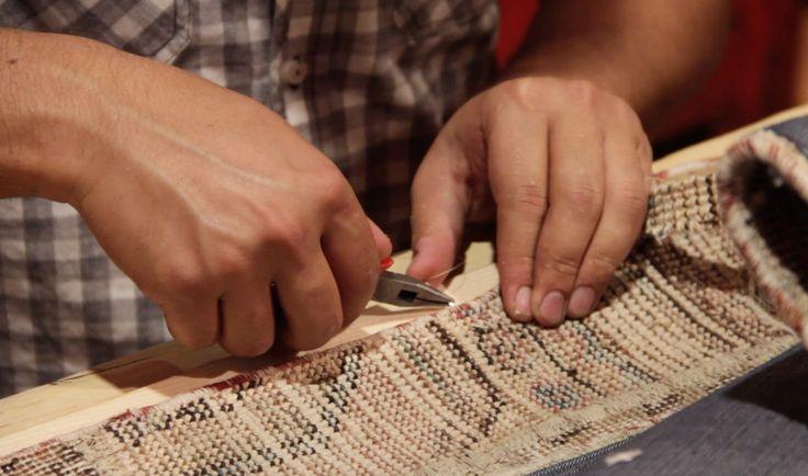 Ook zijn wij specialist in reinigingen en repareren/ herstellen van originele handgeknoopte tapijten!