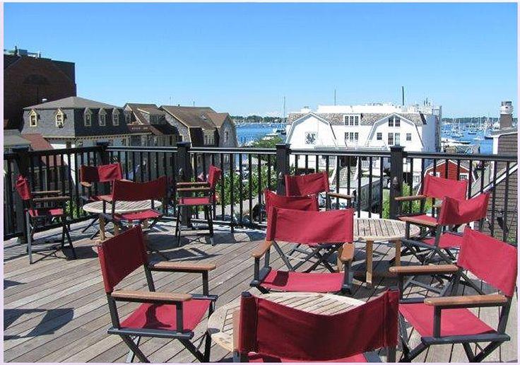 Midtown Oyster Bar - Newport, Rhode Island