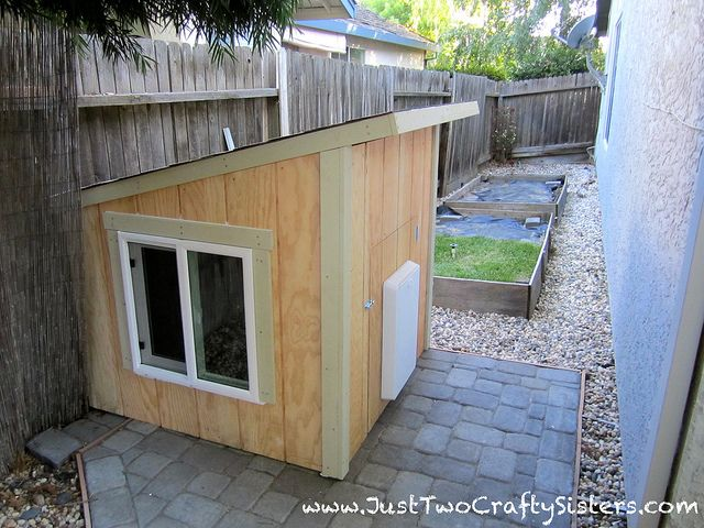 Custom dog house for our pampered pooch by Just Two Crafty Sisters