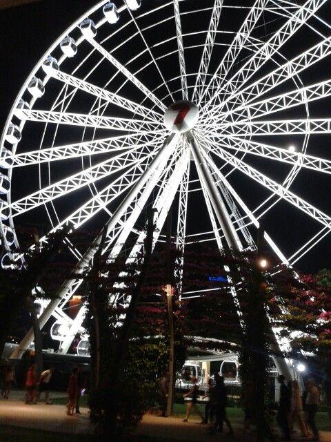 Brisbane wheels at night