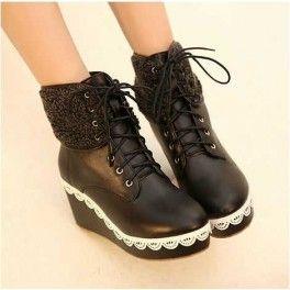 Sepatu Boots Renda Warna Coklat dan Hitam