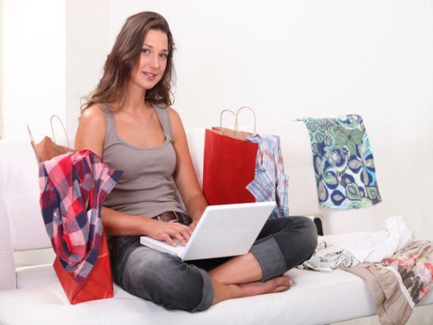 5 MOTIVOS PARA INVESTIR NO E-COMMERCE. veja mais em http://perfectone.com.br/5-motivos-para-investir-no-e-commerce.php Inovar para recuperar suas #Vendas.