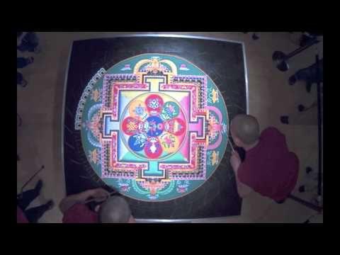 ▶ Sacred Tibetan Sand Mandala Time Lapse - YouTube 15:25 music only