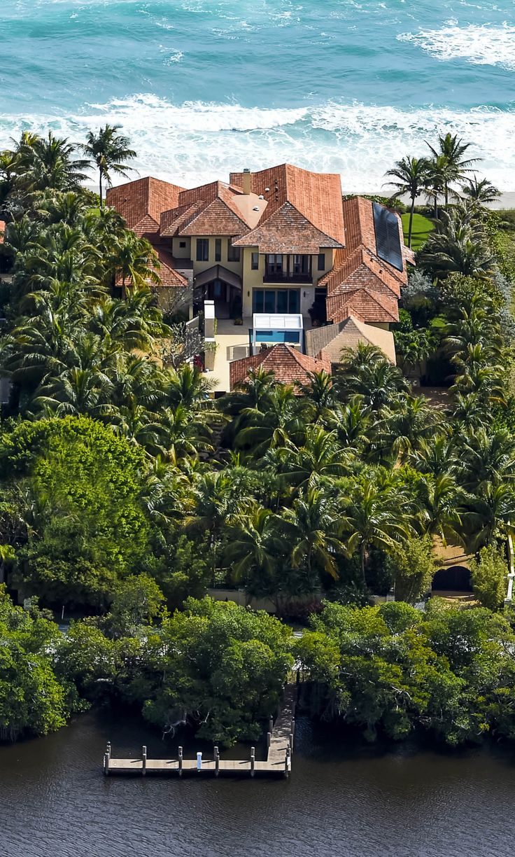 "A $26.5 million Ocean-to-Lake Estate in Palm Beach County, Fla., is certified ""green."""