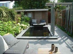 strakke-vijver-voor-in-de-tuin.1369419745-van-rbosgraaf.jpeg 300×224 pixels