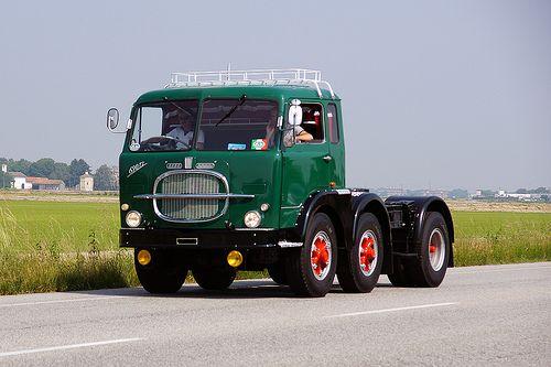 Fiat 690T2