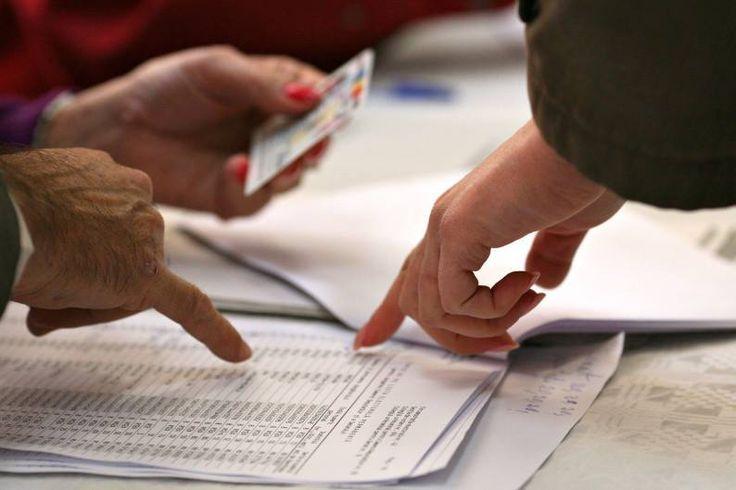LIVE TEXT ALEGERI LOCALE România îşi alege primarii. Prezenţa la vot, incidente şi primele rezultate