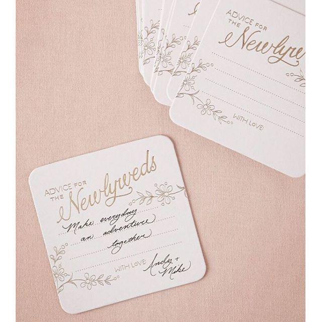 結婚式に合ったデザインを選べば気分も盛り上がる♪ ウェディングのおしゃれなゲストカード参考例♪