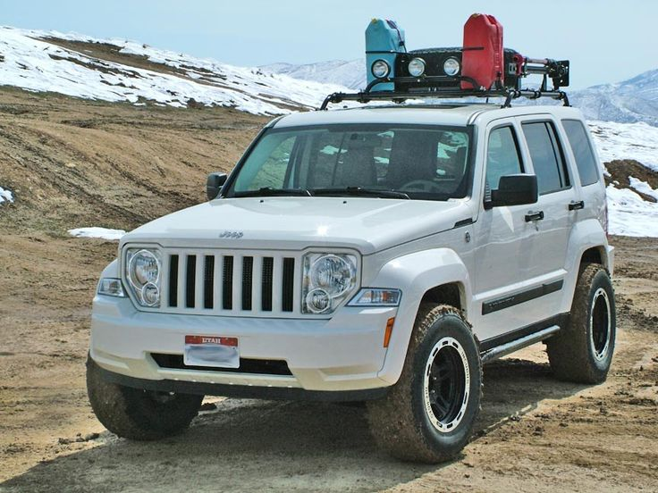 White Jeep Liberty Jeep Trailhawk Jeep
