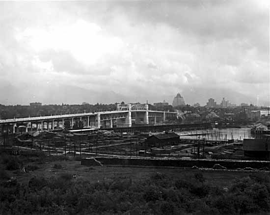 Burrard Bridge in 1932