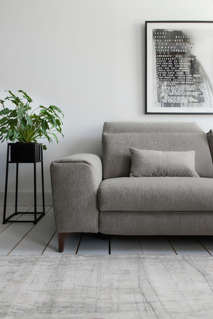 ROM Signature range features custom made luxury sofas in stylish ergonomic designs | @juliaalena