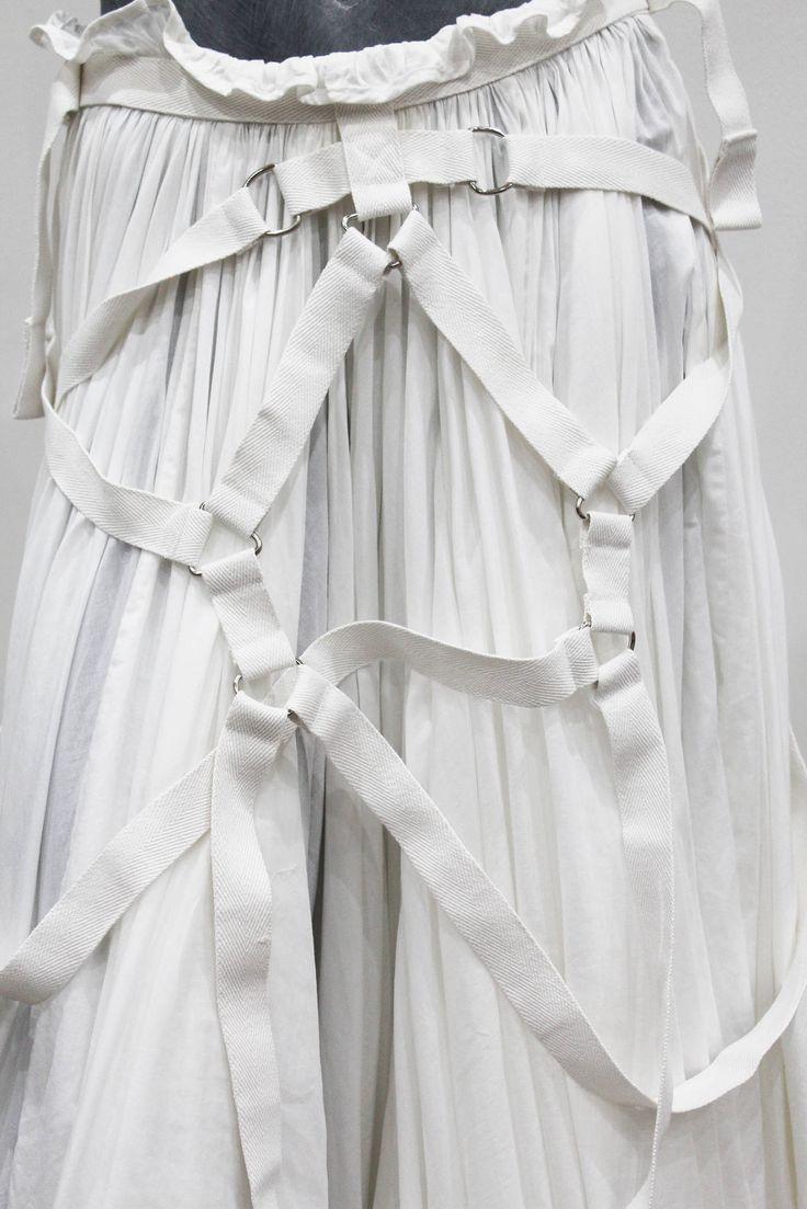 Junya Watanabe COMME des GARCONS runway parachute bondage skirt (S/S 2003) image 2