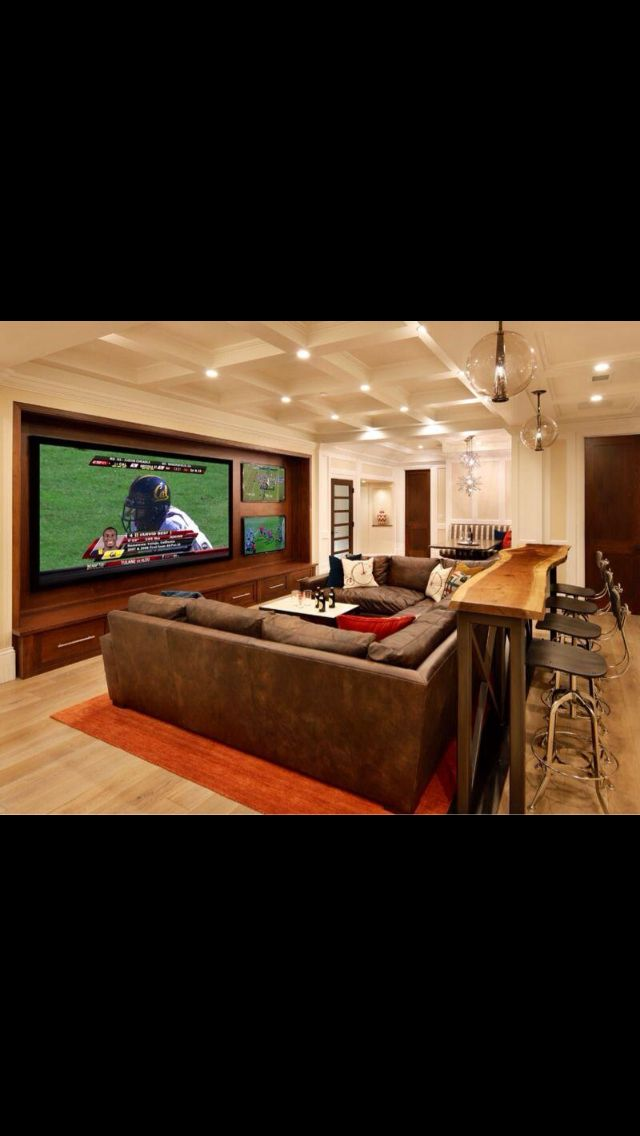 Cool TV's...have one big one surrounded by little ones to watch more than one game