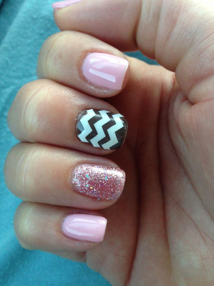 Blush pink, sparkles and grey chevron nails