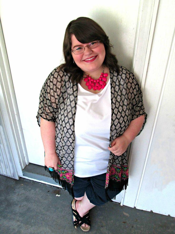 Unique Geek: Plus Size OOTD: KimoYES #plussizefashion #plussizefashionblogger #kimono #plussizeoutfit #summeroutfit #plussize