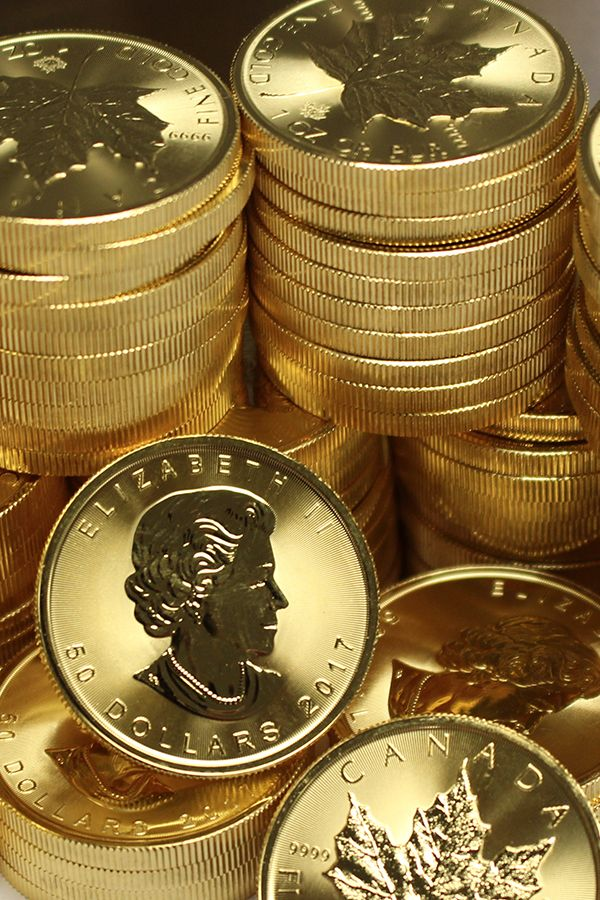 1 Oz Canadian Gold Maple Leaf Coins For Sale Money Metals Gold And Silver Coins Gold Bullion Coins Gold Bullion