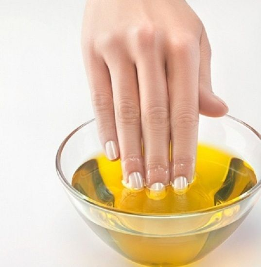 Beautiful nails are an accessory that every woman desires to have. You can make your dream come true with this 5-step routine!