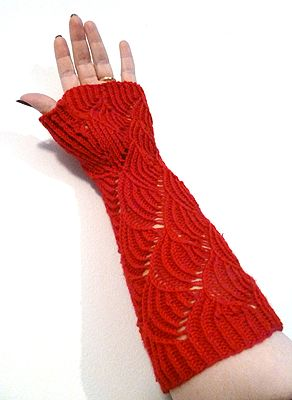 Nereid Gloves, free knitting pattern